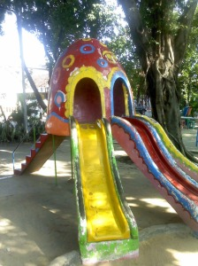 Seluncuran Anak Taman Ronggolawe