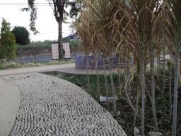 Jalur Refleksi Taman Pakal